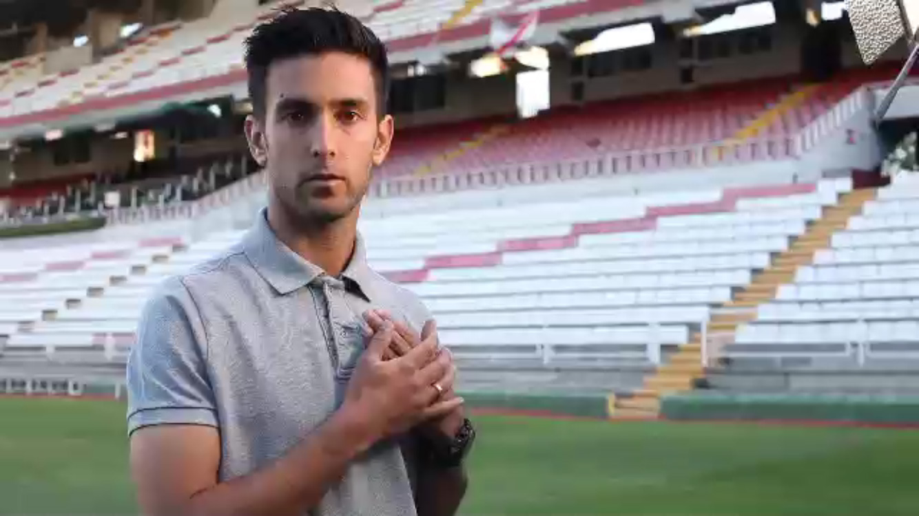 'Juega Seguro' Y Gana Una Camiseta Firmada Por Alberto Bueno O César Azpilicueta