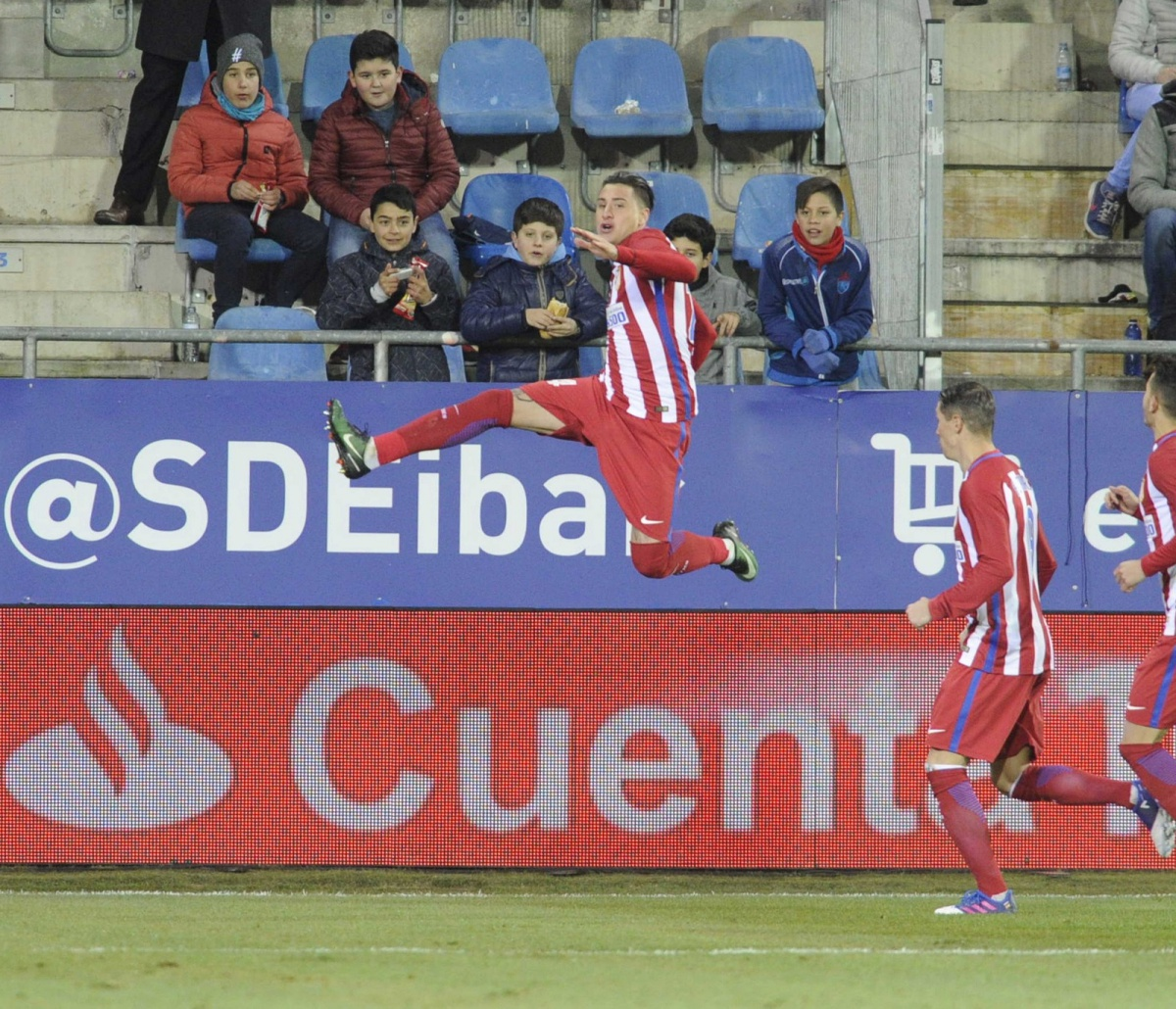 Tremendo Salto De Giménez Para Celebrar Su Tanto En Copa Del Rey Ante El Eibar.